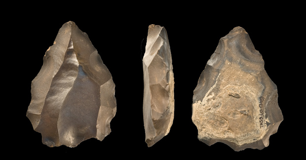 early-humans-stone-tool